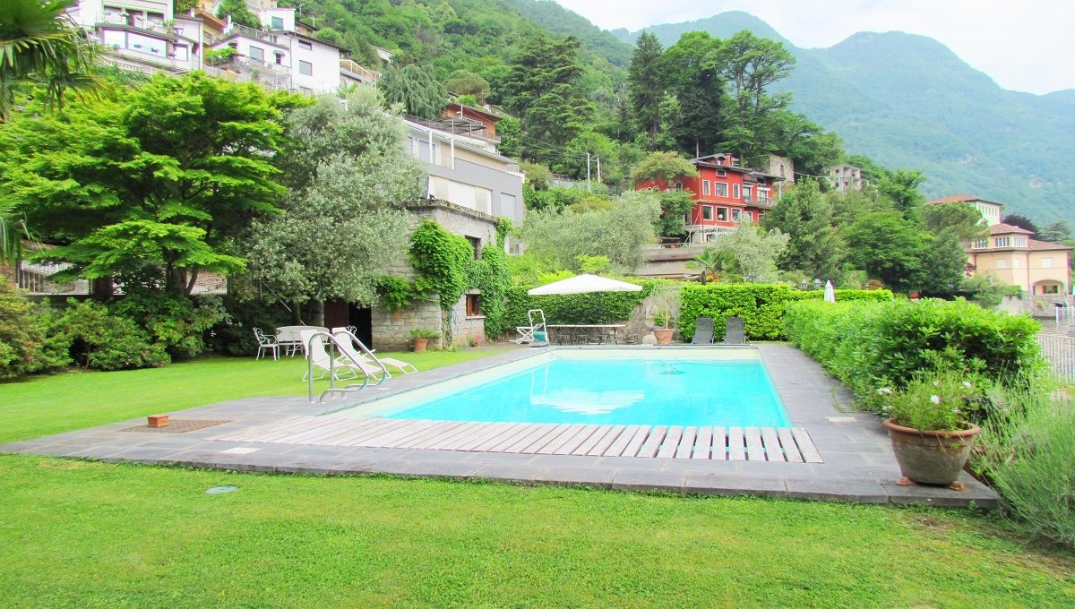 the villa in Laglio Como Lake swimming pool