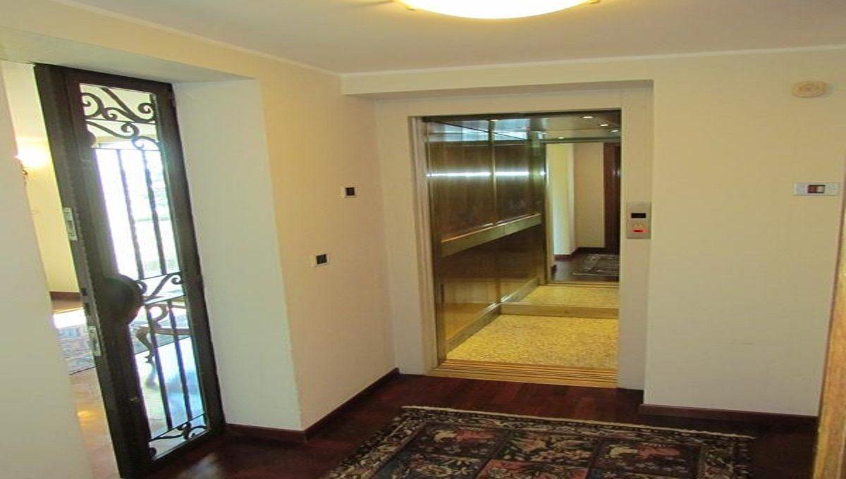 the lift inside the villa