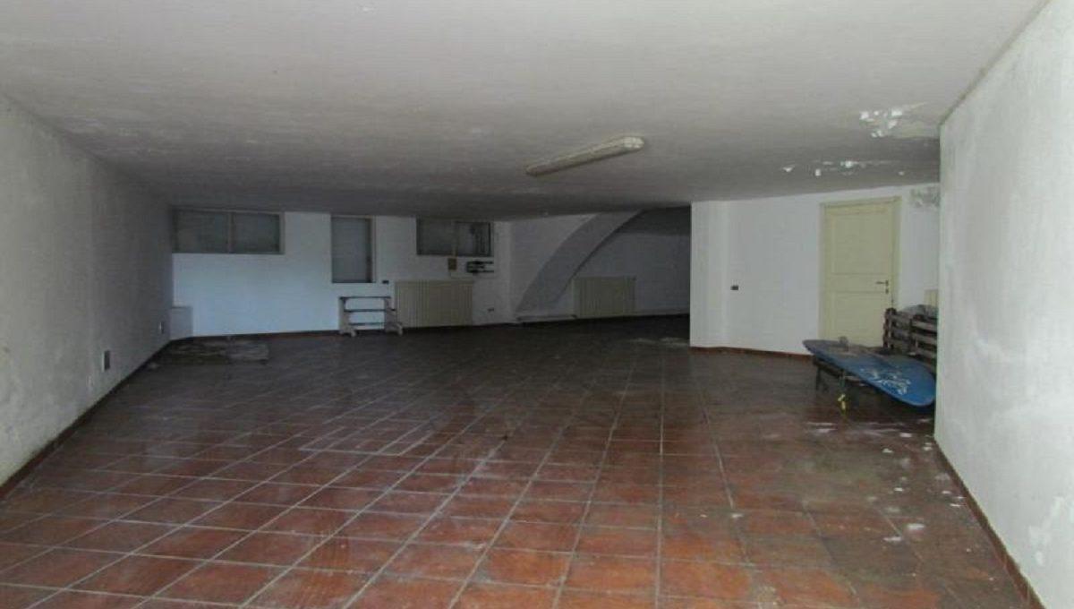 Villa via Ronco 42 garage