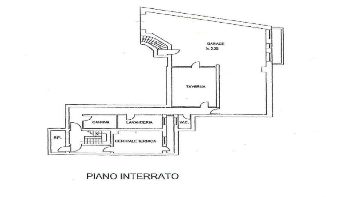 Villa via Ronco 42 basement