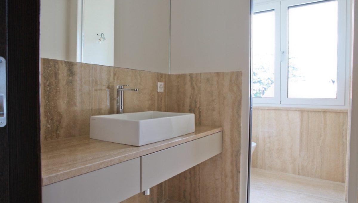 bathroom uxury flat in Lugano Switzerland