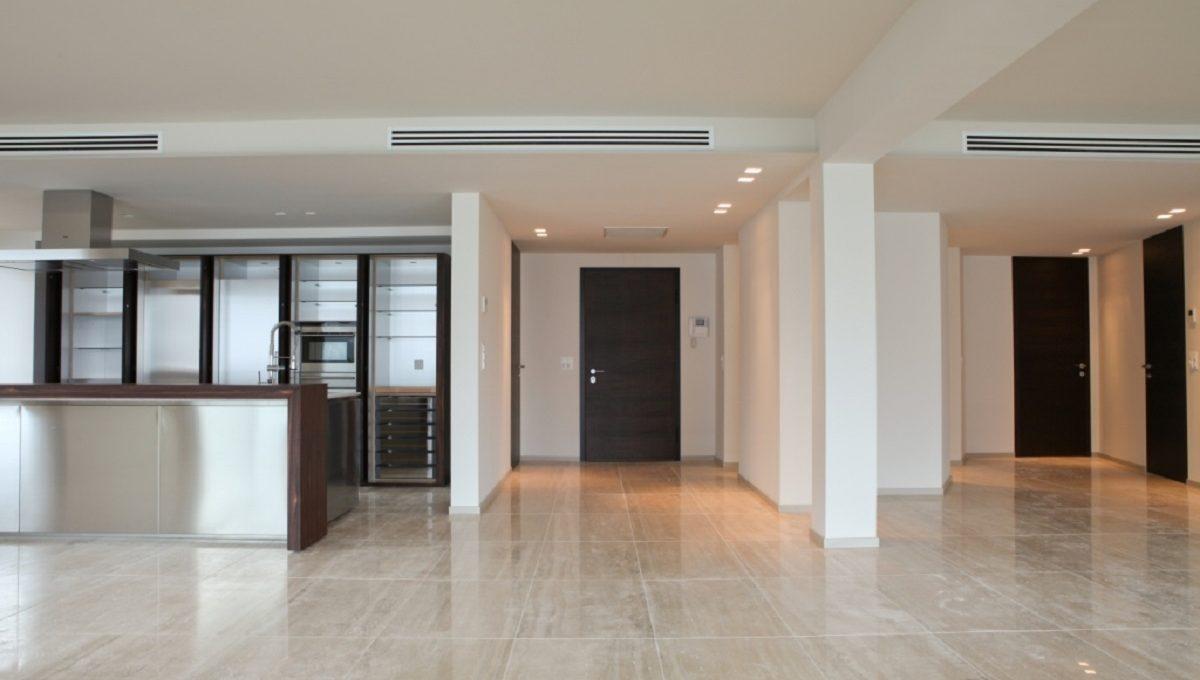 entranceuxury flat in Lugano Switzerland