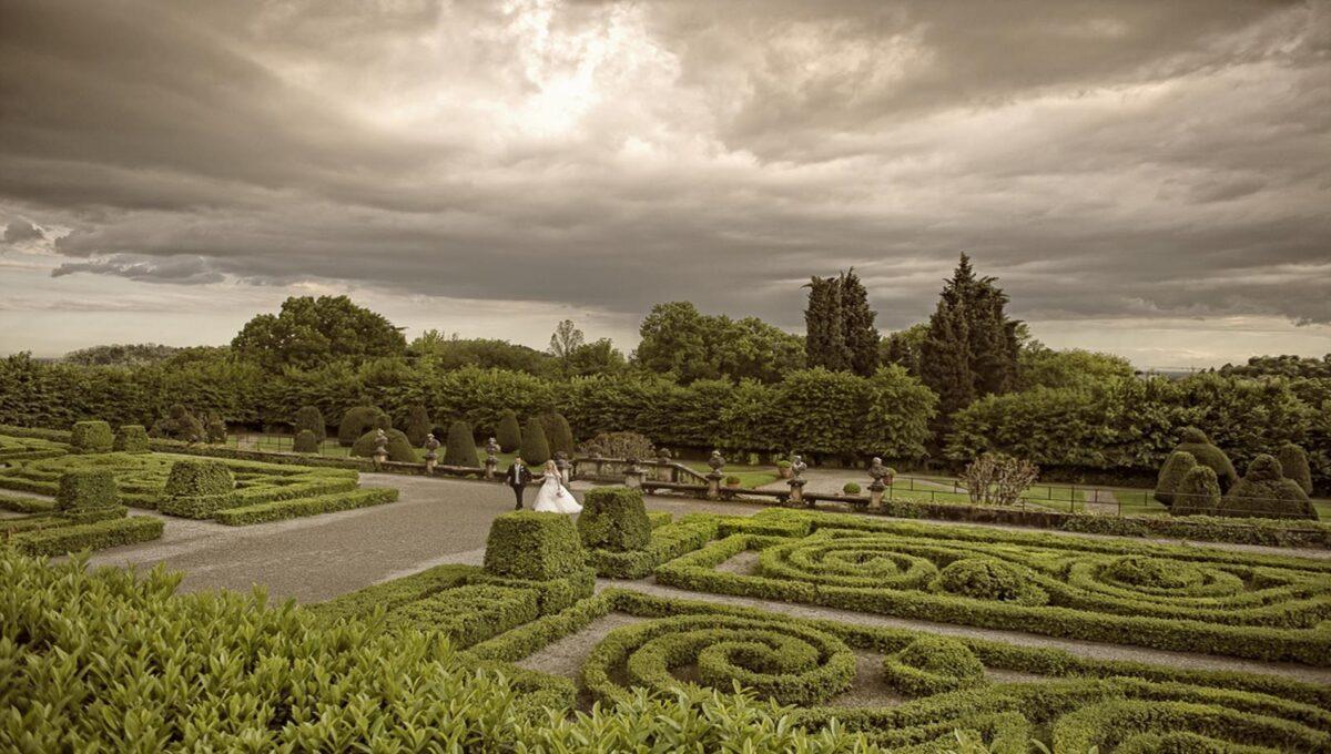 detail of the Italian gardens facing the villa