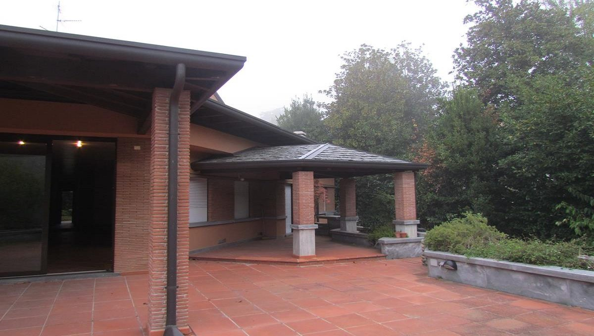 barbecue area and the porch