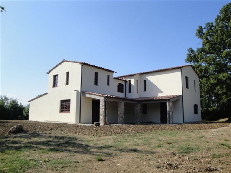 Large property for sale Tuscany