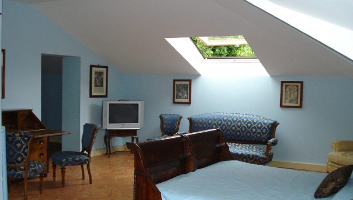 Bedroom on the last floor