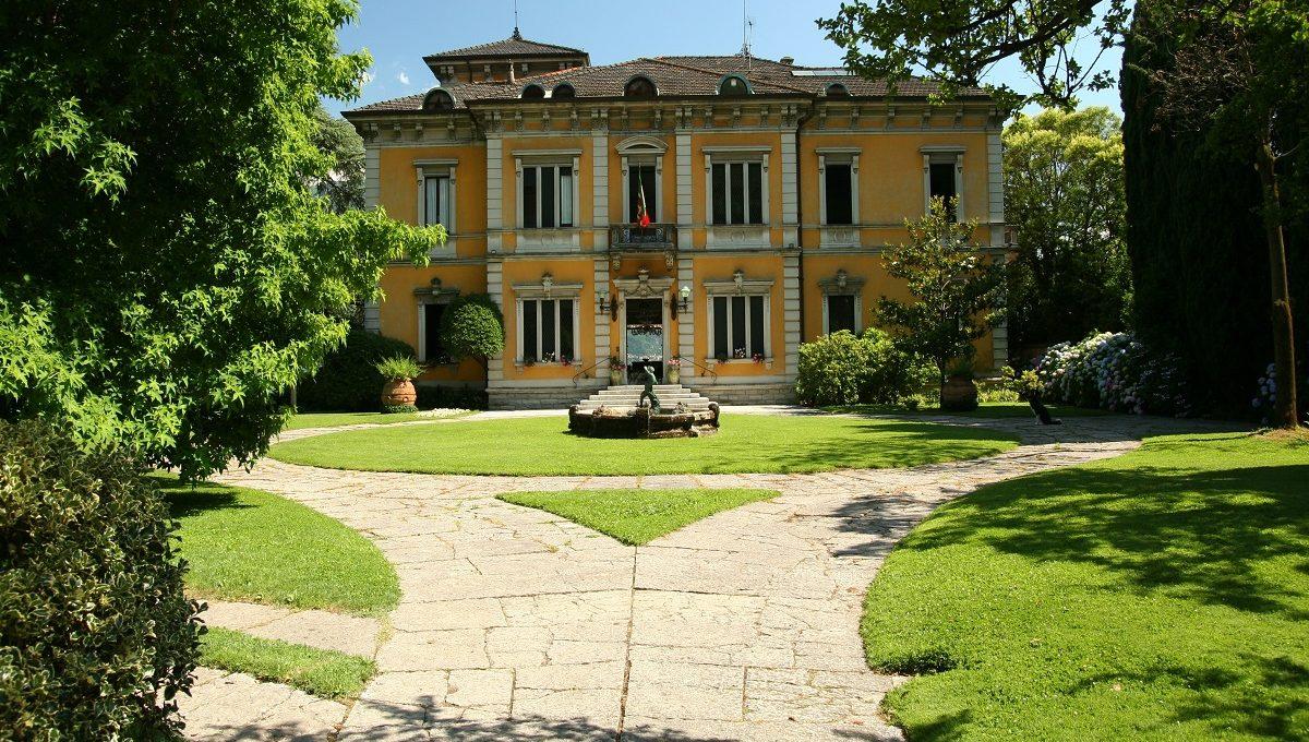 Dongo Villa for rent