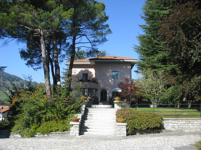 Gorgeous villa lake como san fedele intelvi