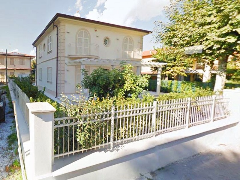 Luxury Villa for sale Marina di Pietrasanta Toscana