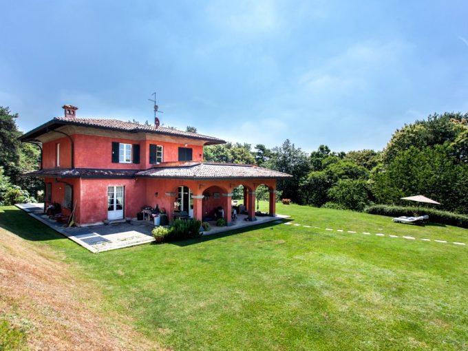 Villa Oltrona San Mamette