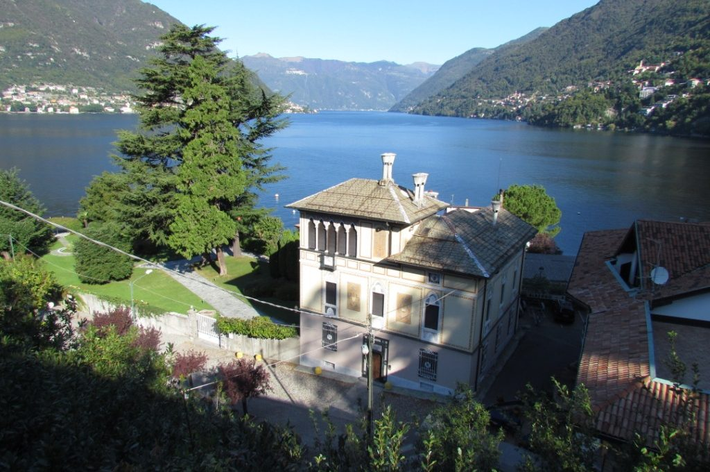 villa for sale faggeto prestigious front lake property