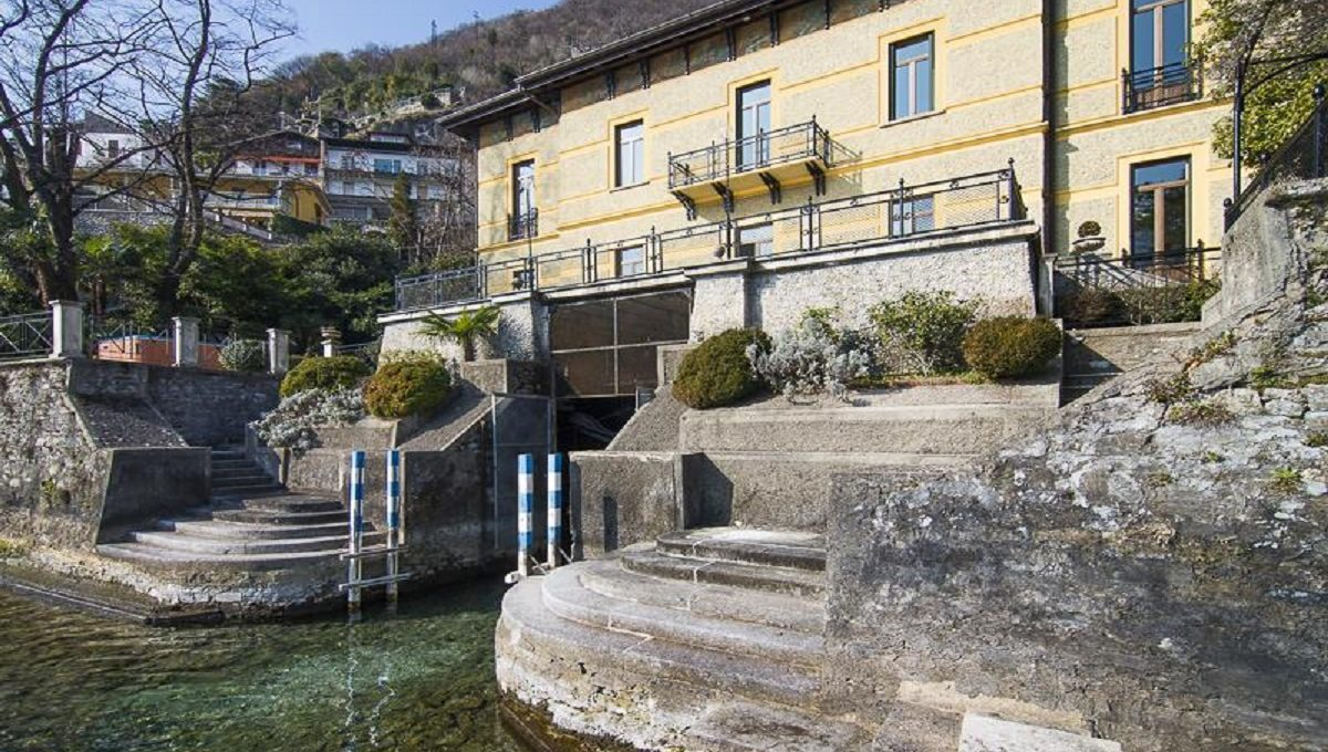 villa for sale moltrasio