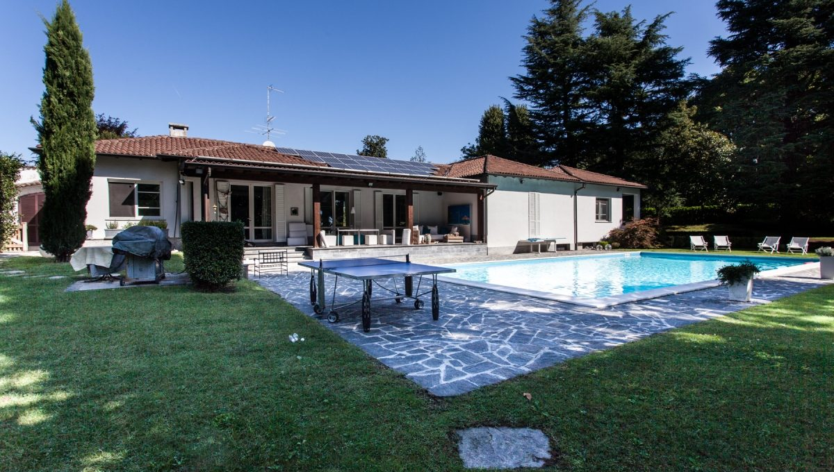 Villa carimate with swimming pool