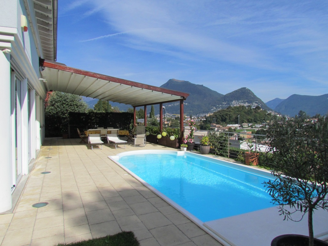 Breganzona Lugano villa with pool