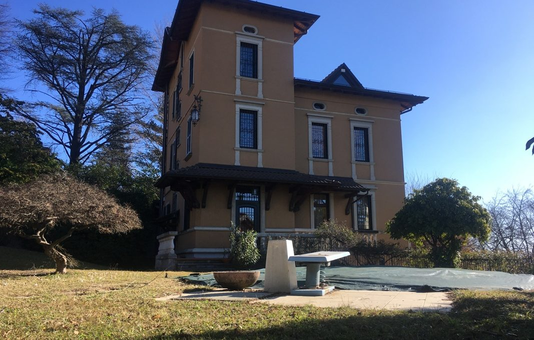 Varese villa with swimming pool