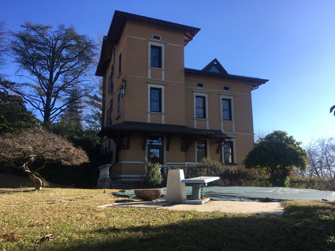 VARESE – VILLA WITH SWIMMING POOL
