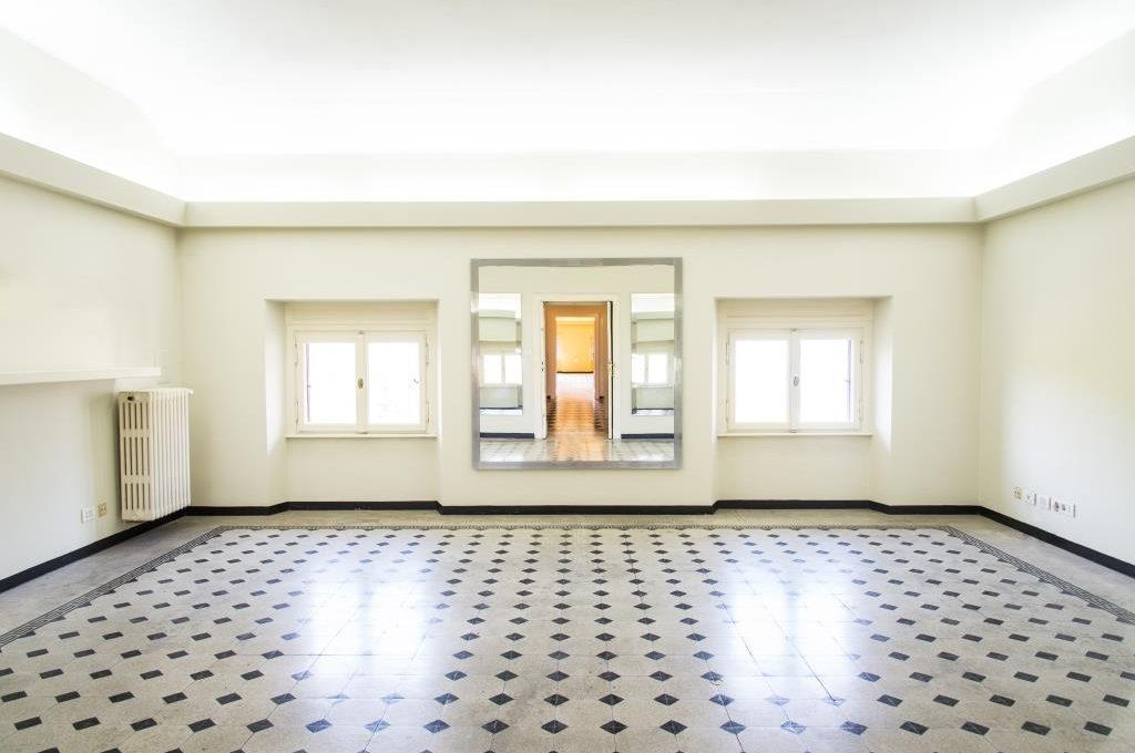 ample bright room