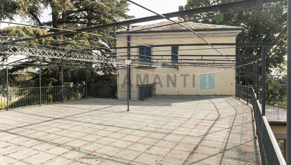 CASNATE CON BERNATE - PRESTIGIOUS VILLA (33)