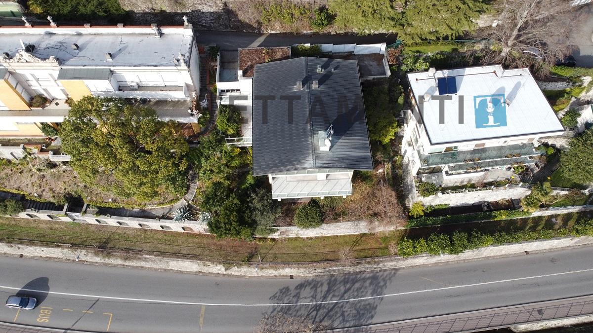 villa como property exclusive