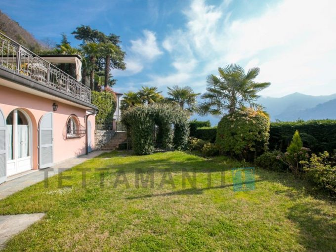 CARATE URIO - APARTMENT IN VILLA
