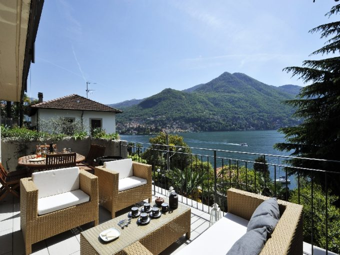 LAKE COMO MOLTRASIO - MODERN VILLA FOR RENT