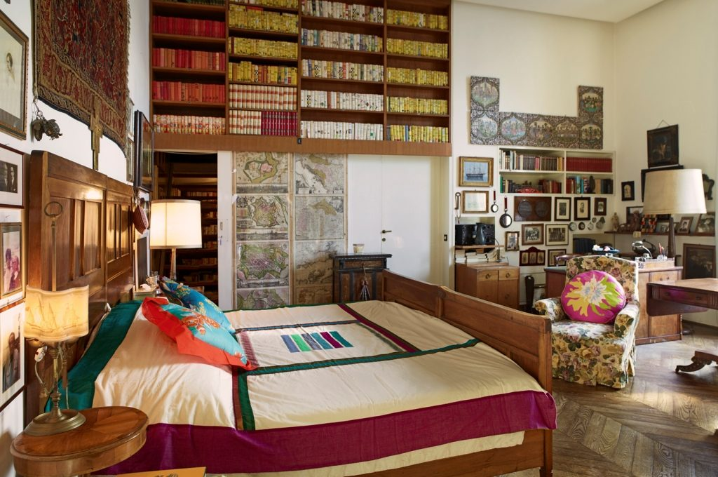 bedroom with taste