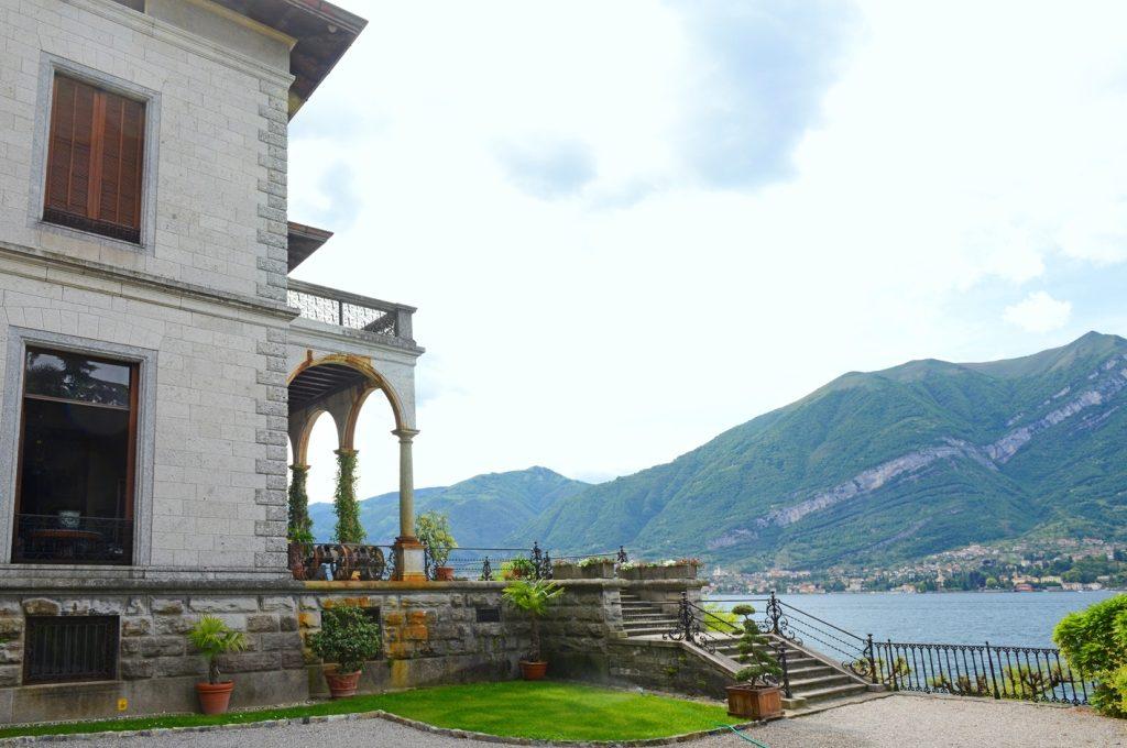 villa bellagio lakefront