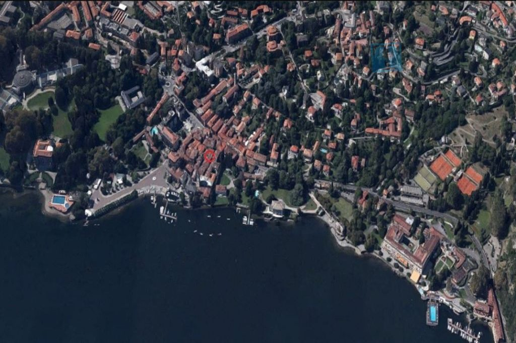 Lake Como Cernobbio villa downtown for sale