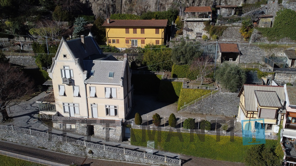 villa for sale moltrasio exclusive location Tettamantire real estate como lake view