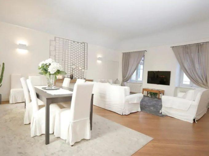 Como center - large apartment